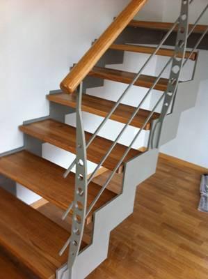 заказать лестницу на металлокаркасе