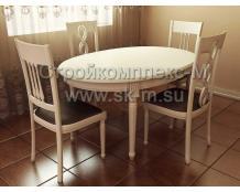 Набор мебели из дерева
