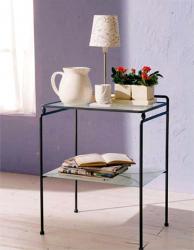 Кованый столик со стеклянной столешницей