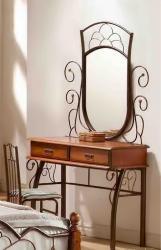 Туалетный кованый столик с деревянными ящиками