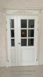 резная дверь из дерева