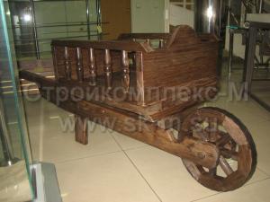 Деревянная тележка